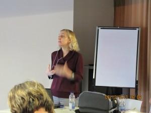 Anne Pelletier, conceptrice web parle d'accessibilité., Cliquer pour voir en grand et pour avoir accès à une description